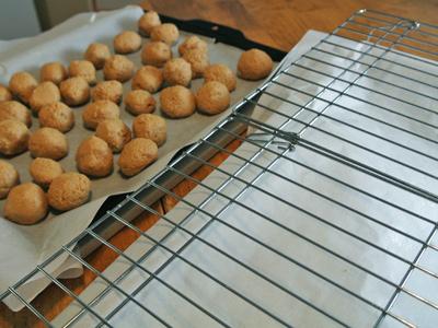 Peanut-Butter-Truffles-11