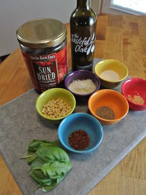 Sun-Dried-Tomato-Pesto-1
