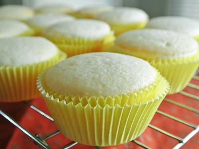 Lemon-Cupcakes-9