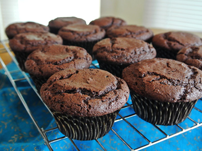 Dark-Chocolate-Cupcakes-10