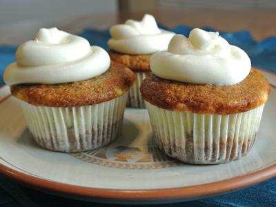 Carrot-Cupcakes-13