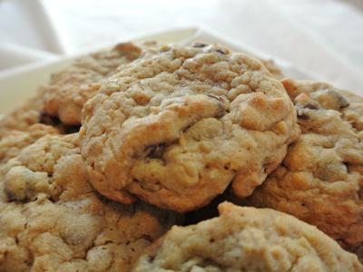 Oatmeal-PB-&-CC-Cookies-7