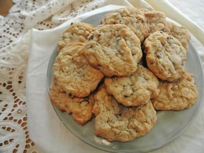 Oatmeal-PB-&-CC-Cookies-9