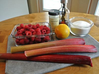 Rhubarb-Raspberry-Crisp-1