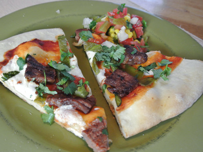 Steak-and-Green-Chile-Pizza-10a