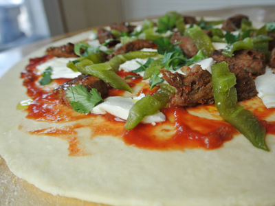 Steak-and-Green-Chile-Pizza-8