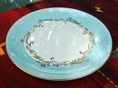 Gold-Crown-Plate
