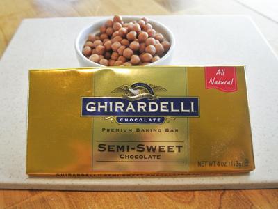 Salted-Dark-Chocolate-Caramel-Cookies-7
