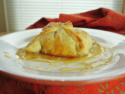 Peach-Dumplings-with-Vanilla-Cream-Sauce-18