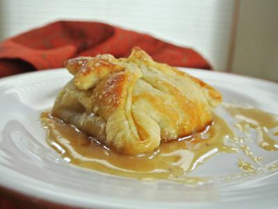 Peach-Dumplings-with-Vanilla-Cream-Sauce-20