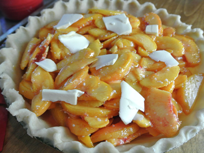 Peach-Pie-with-Pecan-Crumble-22