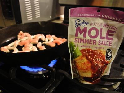 Chicken-Mole-Nachos-1