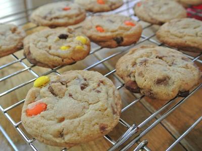 Halloween-Candy-Cookies-13