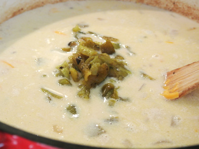 Cheeseburger-Soup-with-Green-Chile-10
