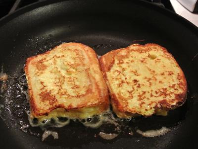 Apple-Cinnamon-French-Toast-15