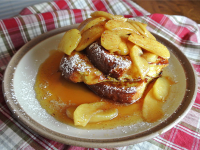 Apple-Cinnamon-French-Toast-17