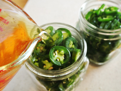 Pickled-Jalapenos-8