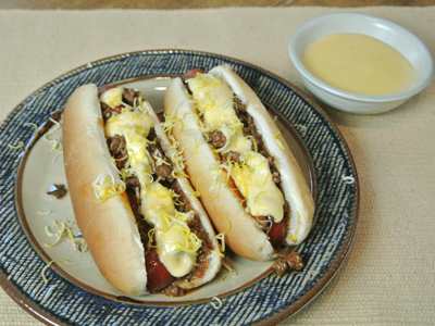 Detroit-Coney-with-Cheese-Sauce-8