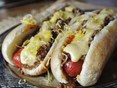 Detroit-Coney-with-Cheese-Sauce-9