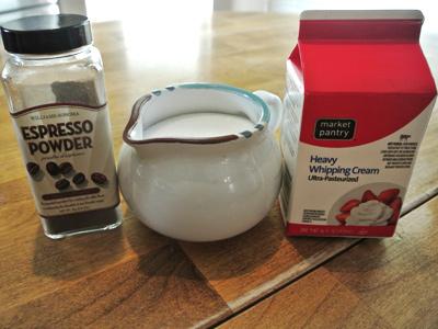 Espresso-Whipped-Cream-1
